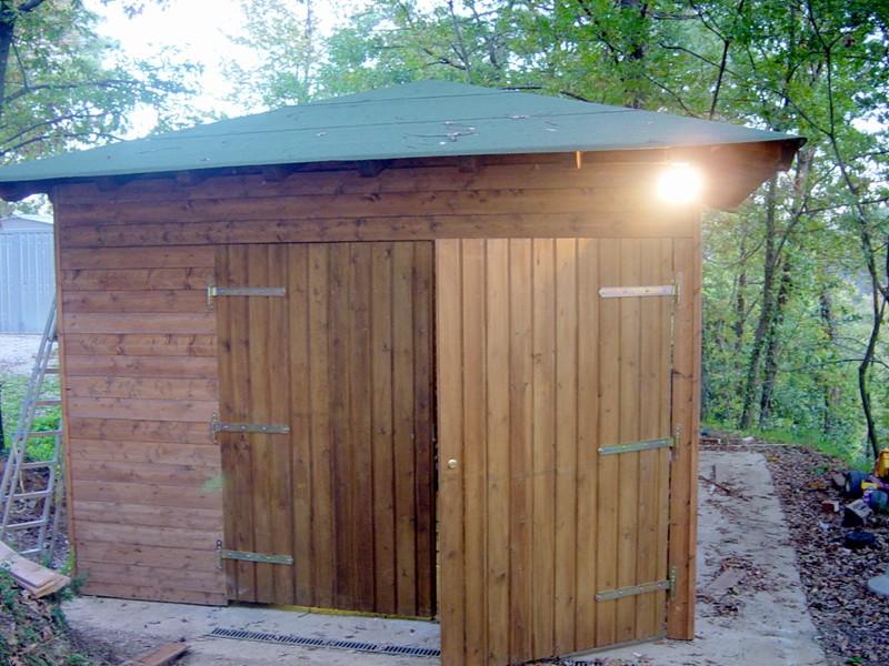 Obi casette in legno om montaggio casetta in legno for Casette in legno obi
